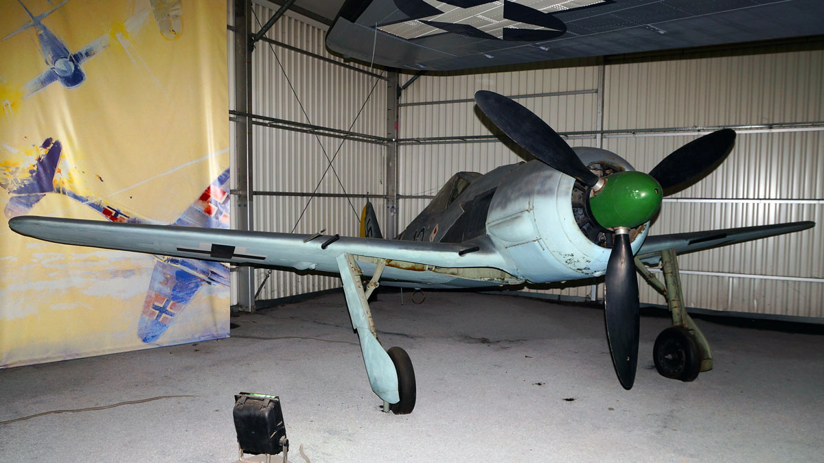 Fw-190A-8-MAE-(Photo-Johnny-Comstedt-(CC-BY-NC-ND-2.0))