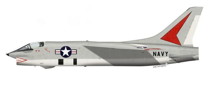 """LE F8U-3P de John Glenn, utilisé pour le """"Project Bullet"""", premier vol transcontinental supersonique en"""