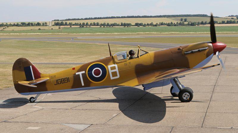 Le Spitfire V Mk JG891 ( Photo © David Whitworth )