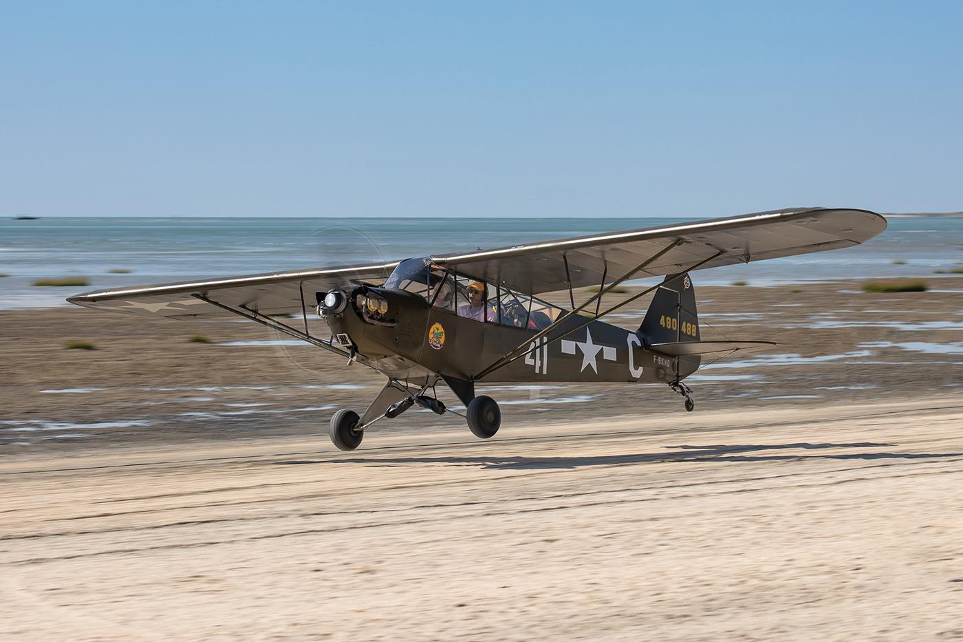 Piper J-3 C-65 F-BKNO © Damien Defever