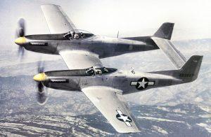 Le North American XP-82 Twin Mustanglors d'essais en 1945 (Photo USAF).