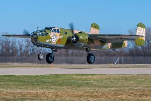 "Le B-25 Mitchell ""Berlin Express"" de l'Experimental Aircraft Association. (Photo © EAA)"