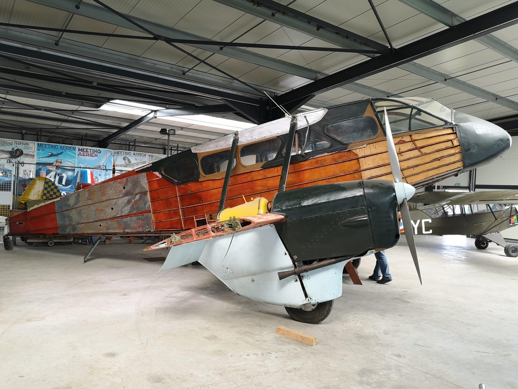 De Havilland DH.89A Dragon Rapide F-AZCA (Photo © Bernard Charles )